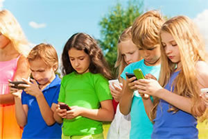 Kids Texting Without Posture Chiropractic Training